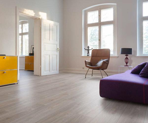 Living by HARO Designboden im Wohnzimmer